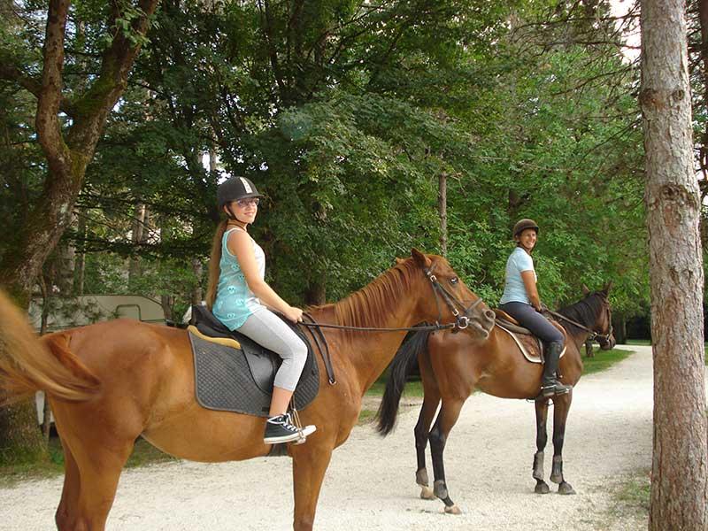 passeggiate-a-cavallo-gubbio-cavalli-rio-verde